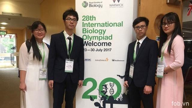 越南学生在2017年国际生物奥赛中获得一枚金牌及两枚银牌