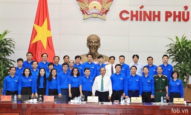 越南政府总理阮春福同胡志明共青团中央委员会举行工作会谈