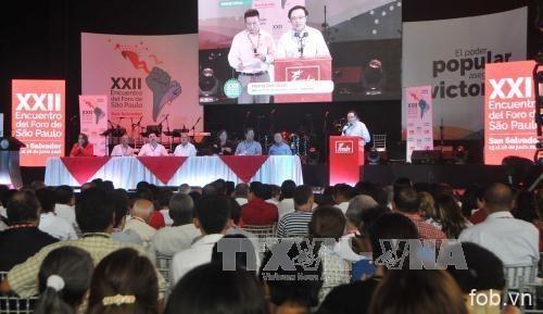 越共代表团出席圣保罗论坛第23次会议
