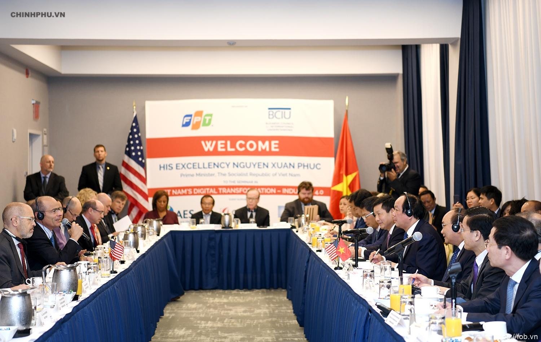 阮春福总理呼吁美国大企业赴越投资