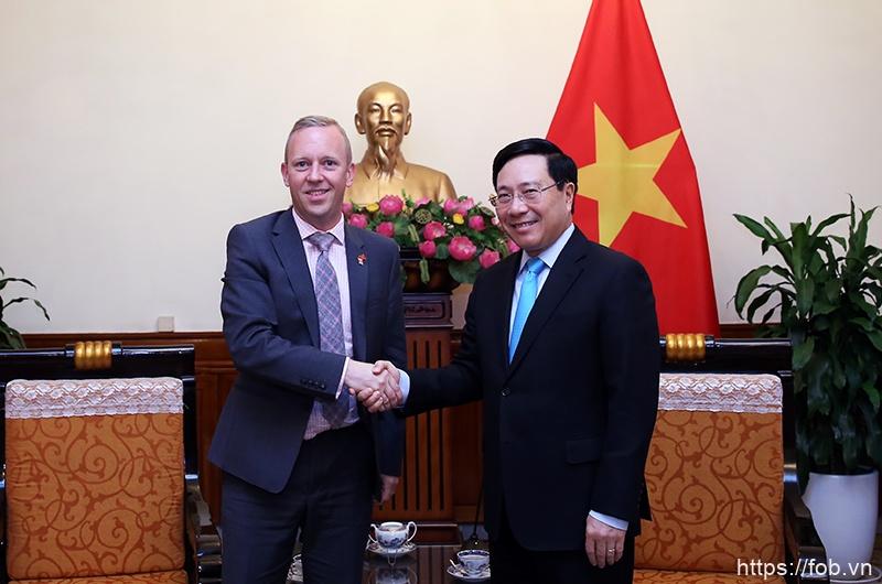 越南重视发展与英国战略伙伴关系